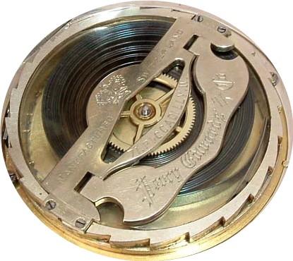 Besoin de vos lumières pour identifier une grosse montre gousset anglaise?? Octoma10