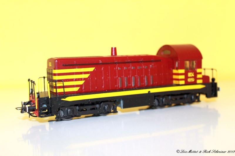 CFL Série 800 Img_1929