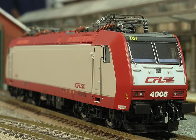 CFL Série 4000 Pb210010