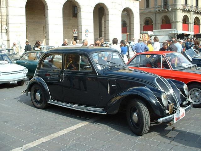 Les Fiat (anciennes) 800px-12