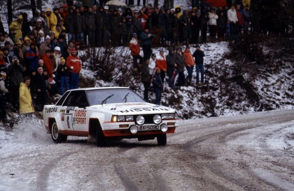 NISSAN 240RS... - Page 3 Boucle10