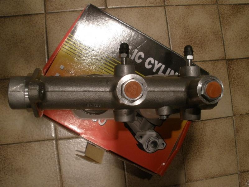 Maitre cylindre de freins pour DATSUN Z Mes_i520