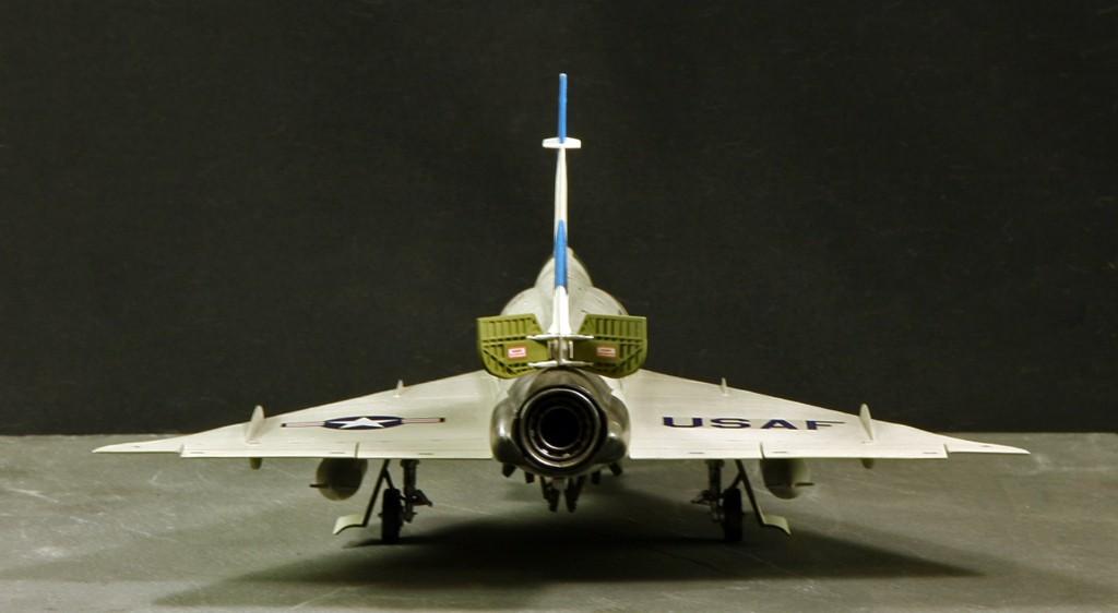 """Convair F-102A """"Delta Dagger"""", 1960  [1:48 - Revell] Convai14"""