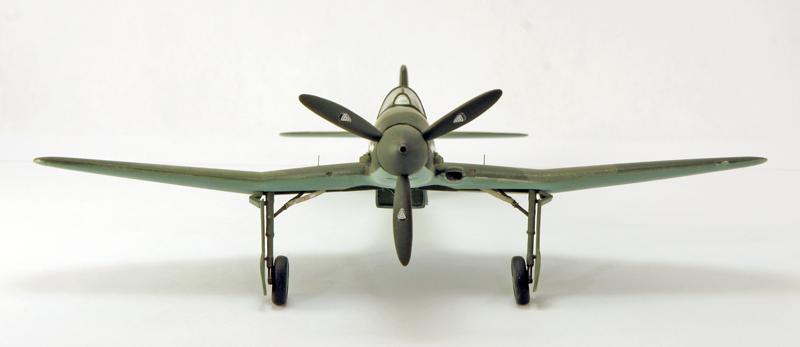 Heinkel He 100D en duo, 1:48 HiPM & 1:72 MPM Heinke11