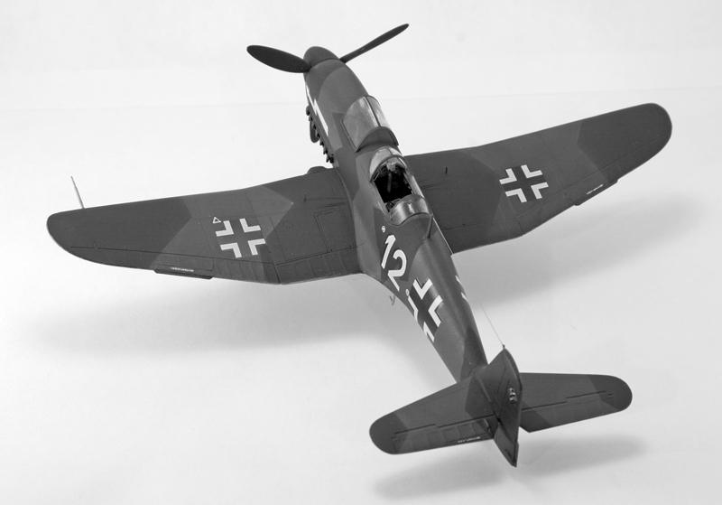Heinkel He 100D en duo, 1:48 HiPM & 1:72 MPM Heinke14