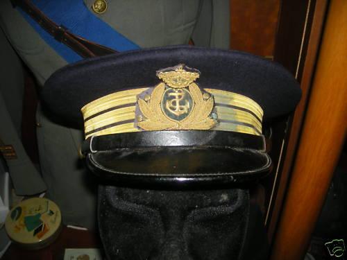 Casquette de commandant de sous marin italien Casque10