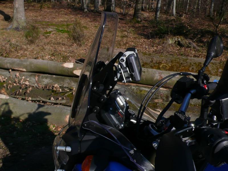 Le must de chez Touratech pour la 1200 (un bon début !) P1020113