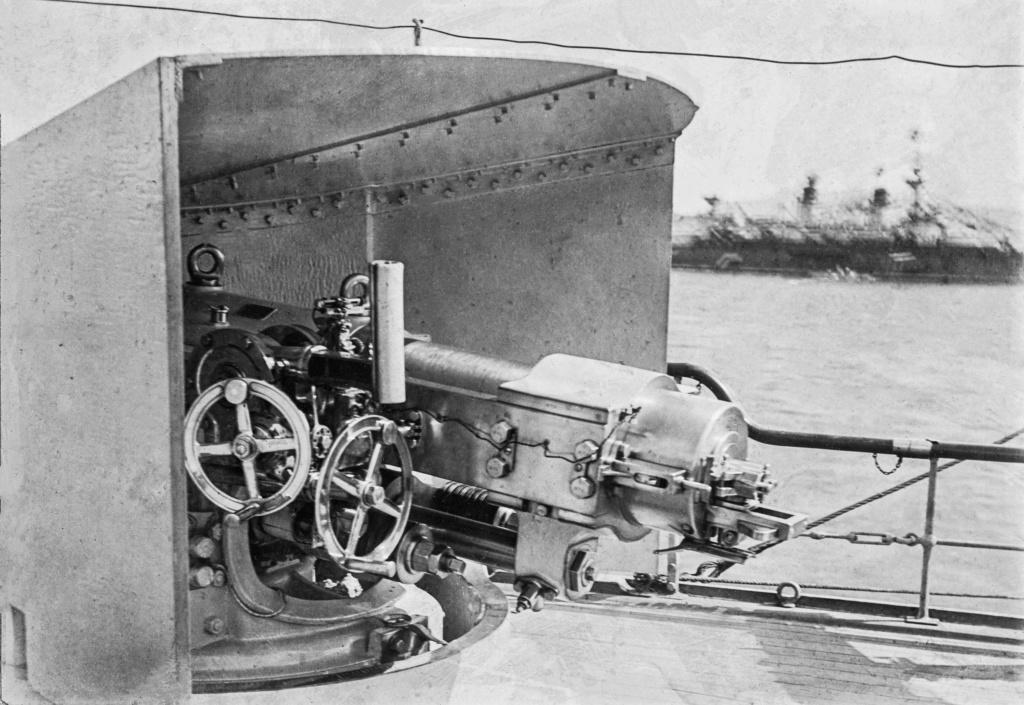 [Les différents armements dans la Marine] Pour changer, si l'on parlait canons... - Page 4 Culass10