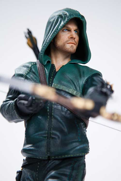 """DC Collectibles' new ARROW """" OLIVER"""" QUEEN STATUE Green_10"""