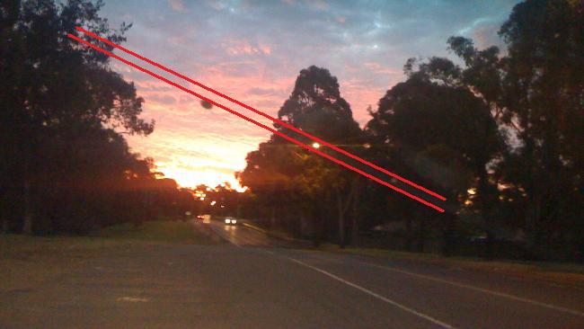 UFO buzzes Sydney - Page 2 51949110