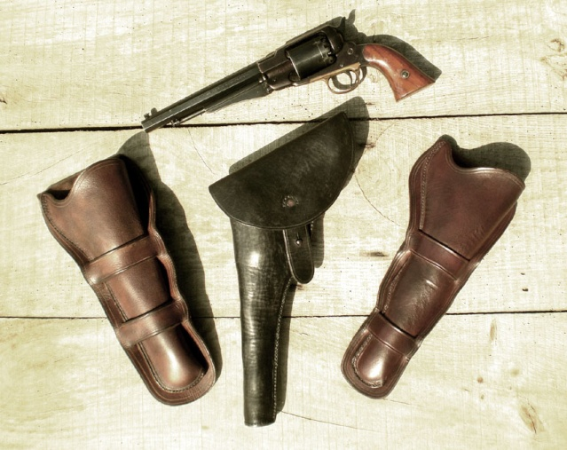 3 holsters pour 1858... 1858x311