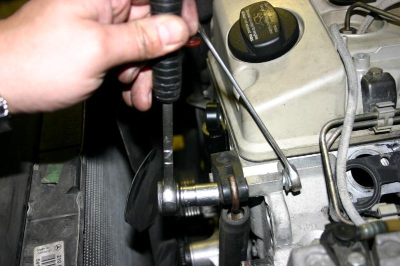 [TUTO] Changement courroie d'accessoires + tendeur sur 300 Turbo D W210 Img_2781