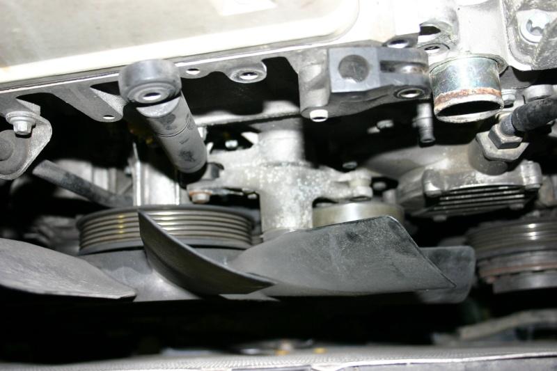 [TUTO] Changement courroie d'accessoires + tendeur sur 300 Turbo D W210 Img_2782