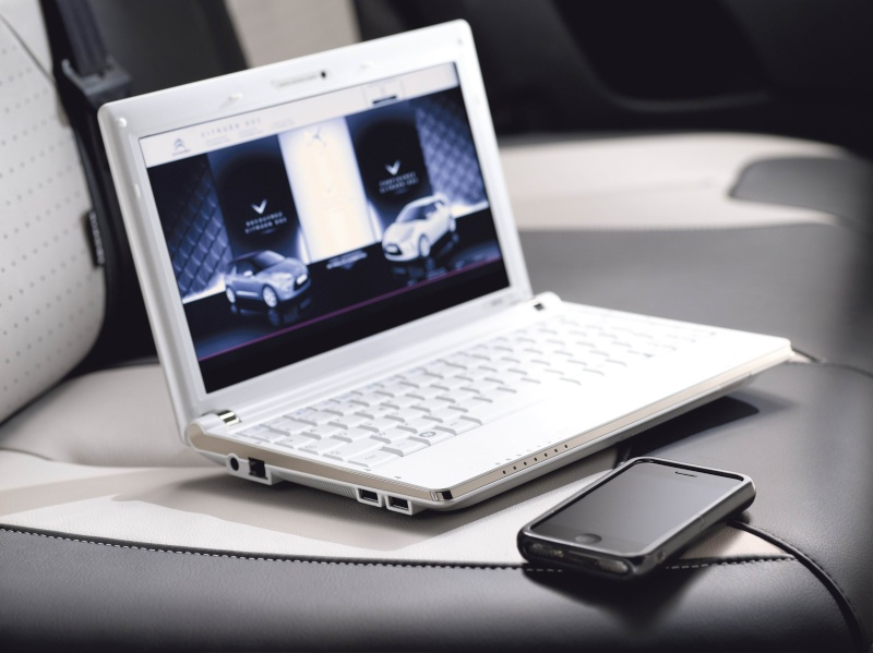 [INFORMATION] Creative technologie 09219010