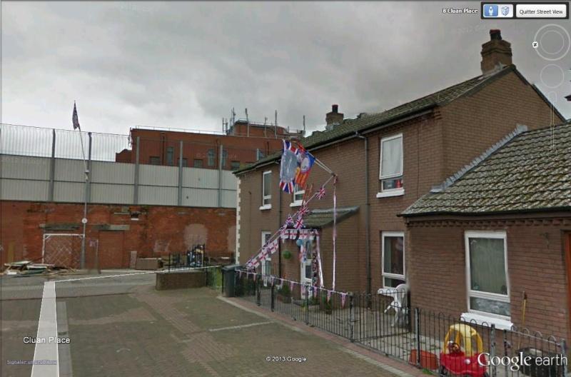 """[Royaume-Uni] - Les barrières de séparation de Belfast (""""Murs de la paix..."""") Cluan_10"""