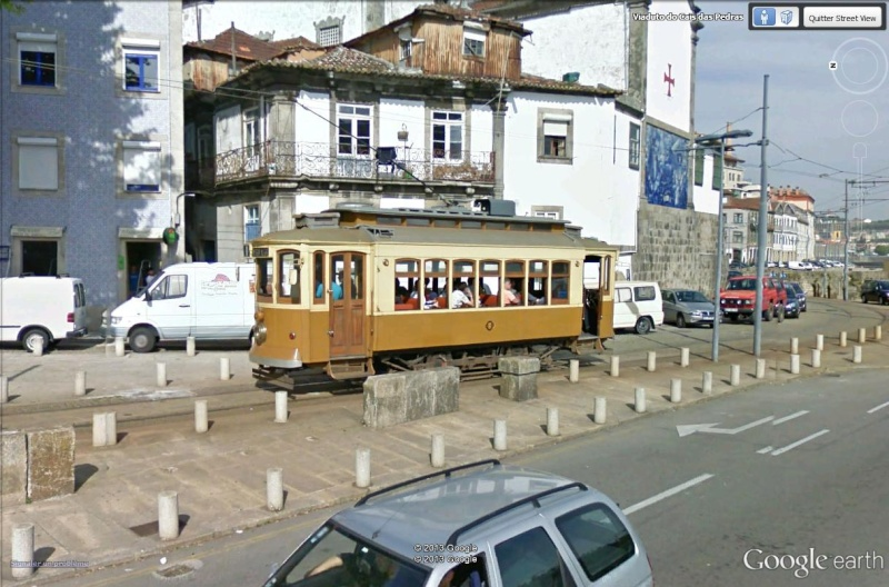 STREET VIEW : les tramways en action Porto_10