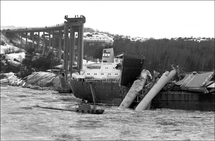 La catastrophe du pont de l'Almö en Suède (18 janvier 1980) Press310