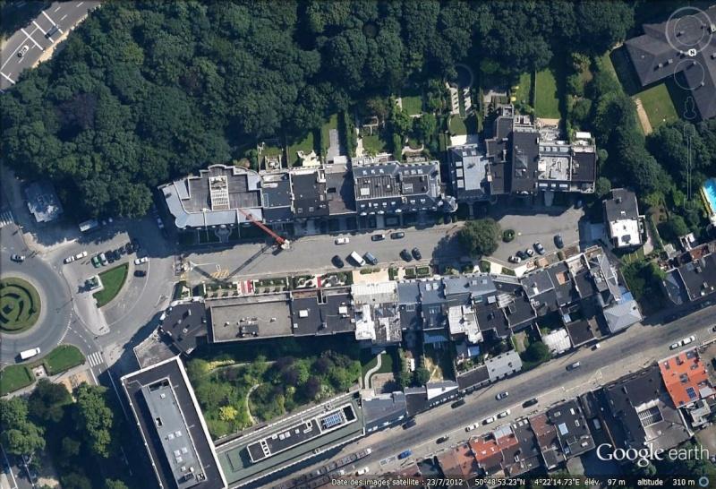 Villes et villages sécurisés : les Gated Communities en pleine lumière... - Page 4 Square10