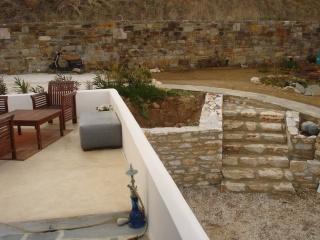 Notre Maison à Naxos  2009-297
