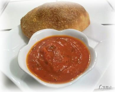 Calzones à la saucisse italienne, olives et épinards Calzon12