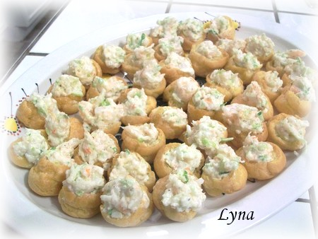 Petits choux farcis aux  crevettes Petits13