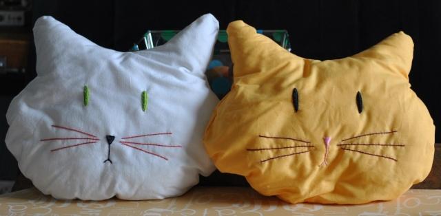 Accessoires chats et chiens faits mains. Lamais56