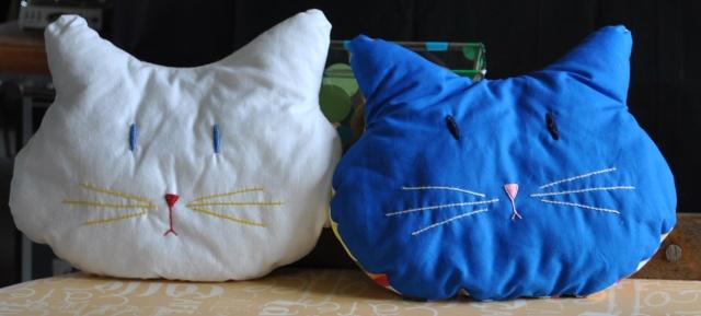 Accessoires chats et chiens faits mains. Lamais57