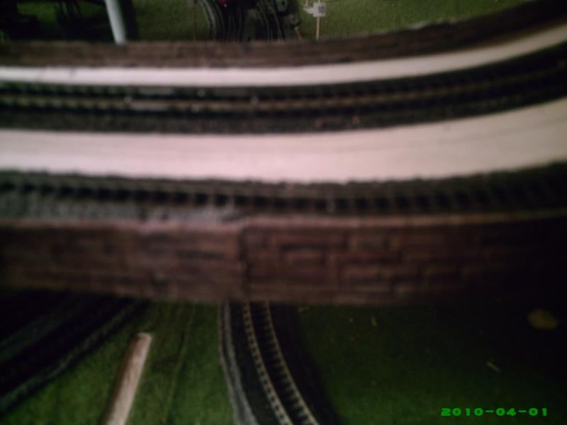 faire un muret le long de la voie ferree Mur1010