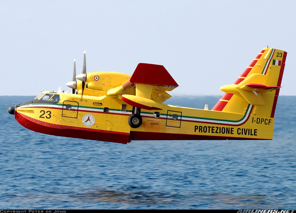 Bombardier CL-415 - Page 4 22159510