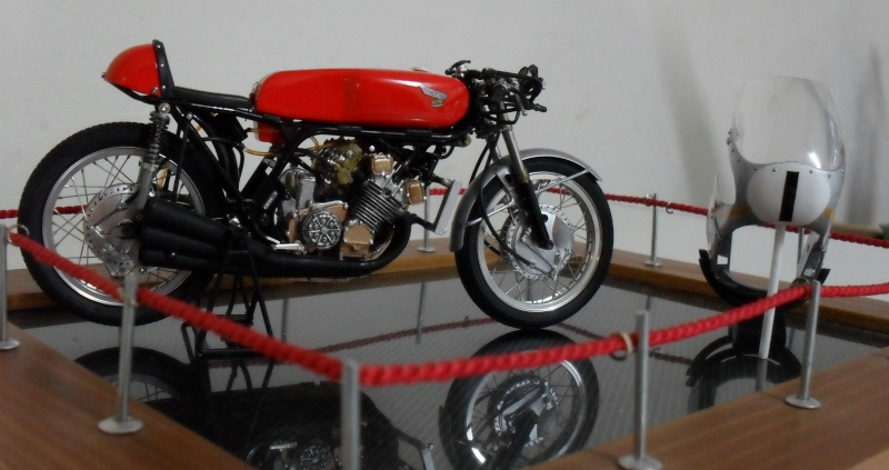 honda 250 six cylindres Sam_0113