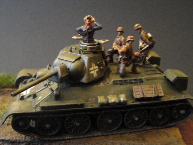 T-34 / 76 German Army (72°) - Page 2 03410