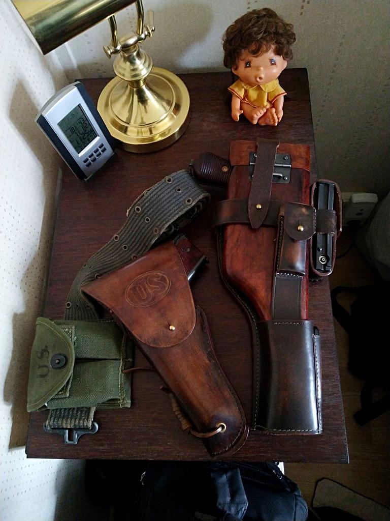Cybergun Swiss Arms SA1911 Tactical Rail System 1911c910