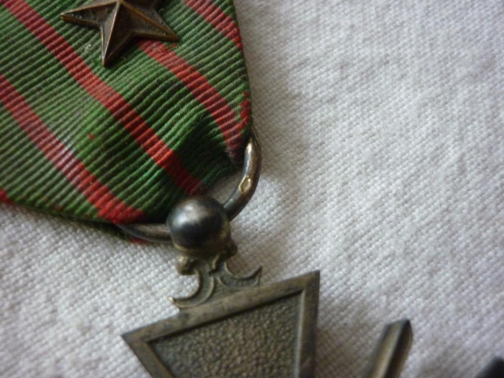 croix de guerre métal doré? P1880711