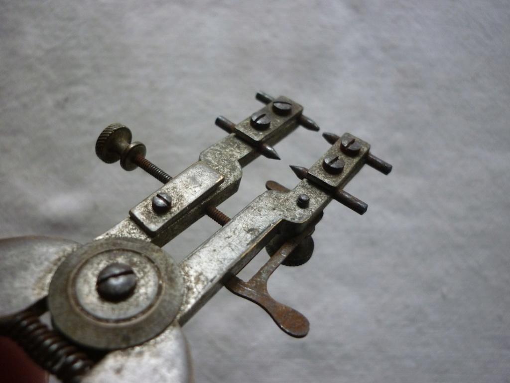 outil horloger huit chiffres P2100610