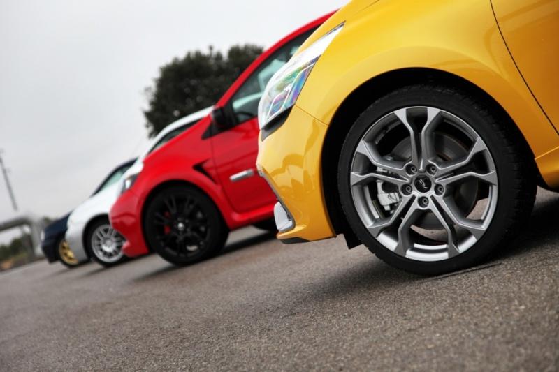 [Officiel] Photos et infos de la Clio IV RS Essai-10