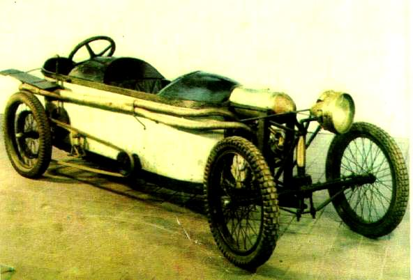 Bedelia Cyclecar - Page 2 1913be10