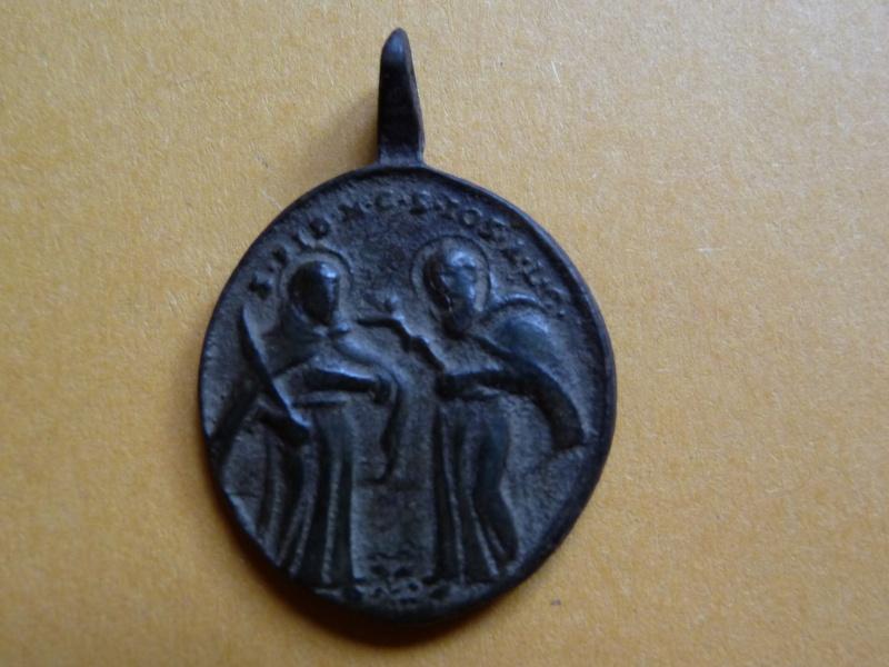 **RARE** Médaille St-Séraphin / Revers : St-Fidèle de Sigmaringa et St-Joseph de Leonissa Med_re19