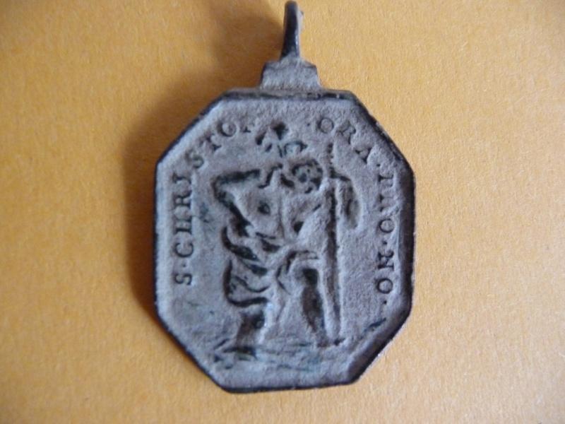 Médaille St-Christophe portant l'enfant Jésus - XVIIème Med_re23