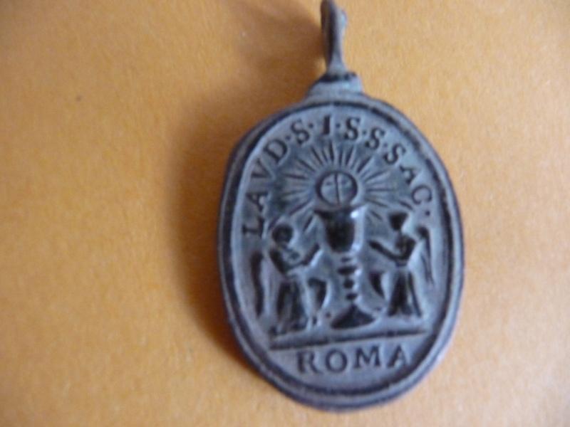 Médaille Ste-Famille / St-Sacrement - XVIIème Med_re25