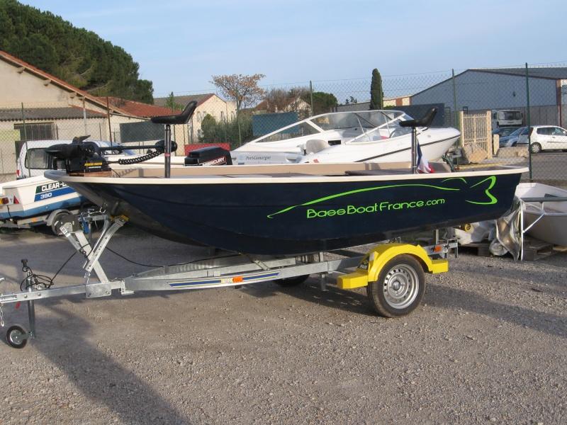 Un nouveau bassboat construit par un chantier naval français Vide_p12