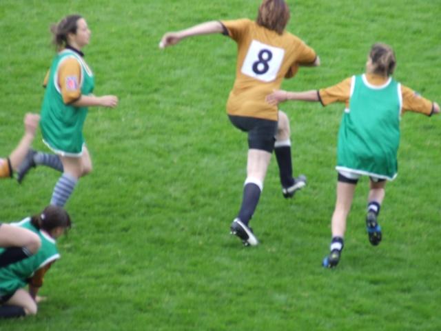 Equipe féminine du SUA - Page 4 Bon_en78