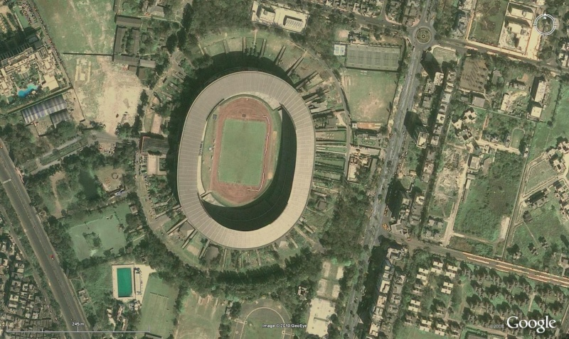 Stades de football dans Google Earth - Page 18 Inde10
