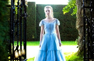 Alice in Wonderland : Le nouveau Tim Burton 19244313