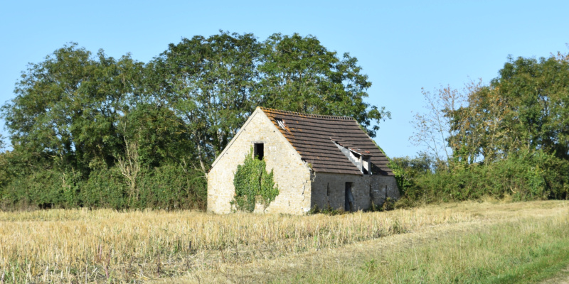 La Grange du MILITARIA : Achat, Vente, Échange...
