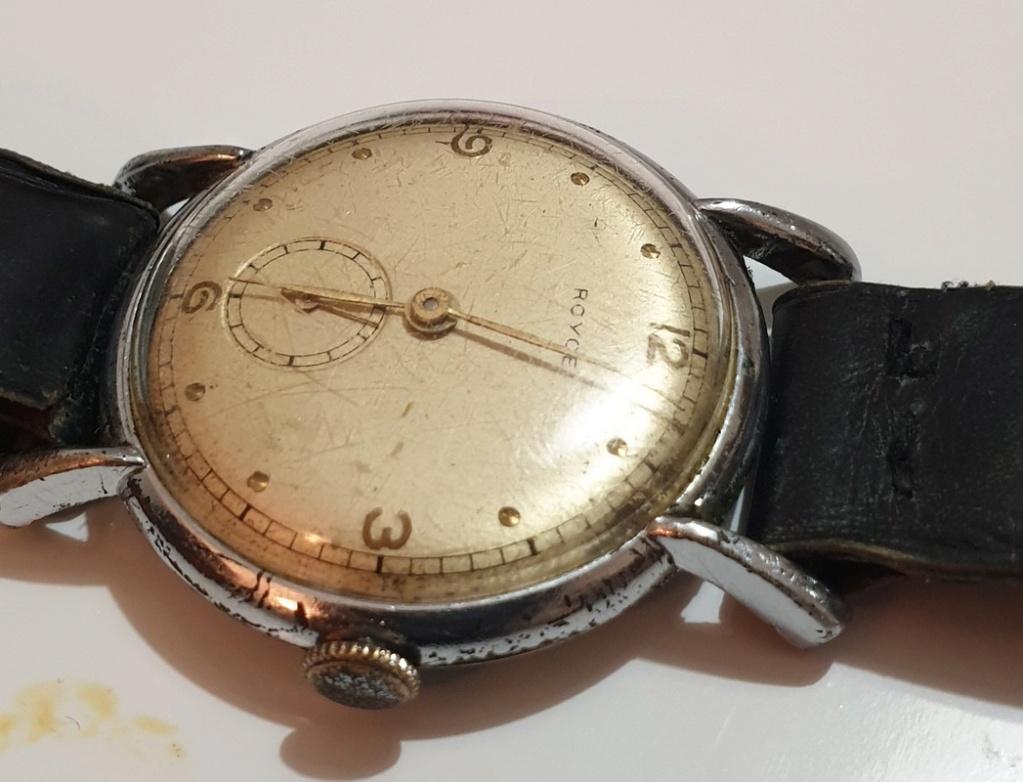 Mido -  [Postez ICI les demandes d'IDENTIFICATION et RENSEIGNEMENTS de vos montres] - Page 34 Royce_12