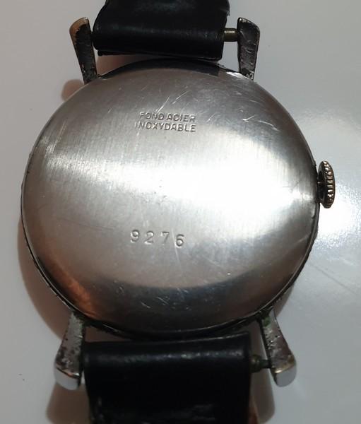 Mido -  [Postez ICI les demandes d'IDENTIFICATION et RENSEIGNEMENTS de vos montres] - Page 34 Royce_13