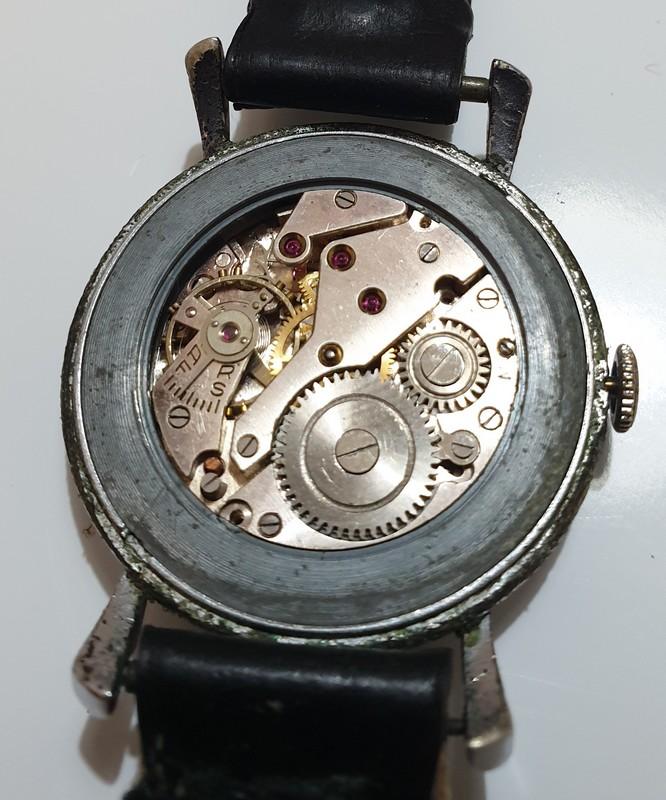 Mido -  [Postez ICI les demandes d'IDENTIFICATION et RENSEIGNEMENTS de vos montres] - Page 34 Royce_15
