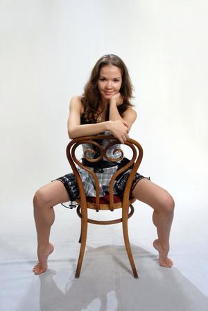 Dinara Gimatova - Page 2 Www_ey10