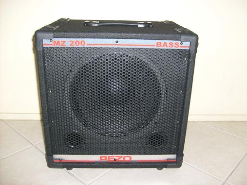 Alguem conhece os equips da Pezo Bass System??  (com fotos) Pezo0610