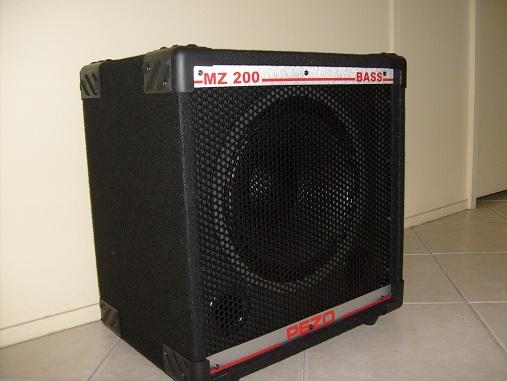 Alguem conhece os equips da Pezo Bass System??  (com fotos) Pezo0710